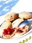100518 Scones aux fraises et airelles séchées (3) (Copier)