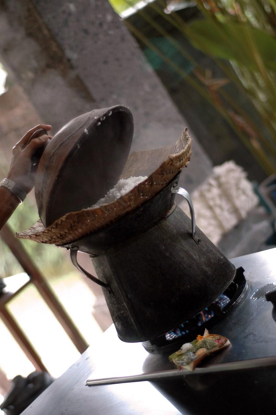 110804 Ubud, Bali , moins de 6 mois de la rizière au bol (2)
